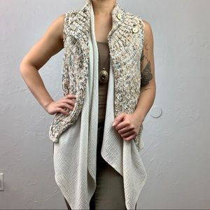 Anthropologie: Knitted & Knotted layered Vest S/M